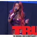 Azealia Banks Performs 'Liquorice' at Mermaid Ball