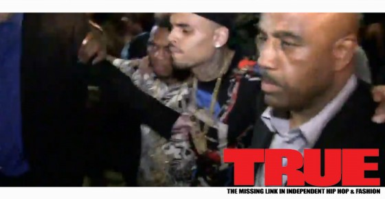 Chris Brown Gets Pissy Drunk After BET Awards, Gets Carried Out Of Club By His Security