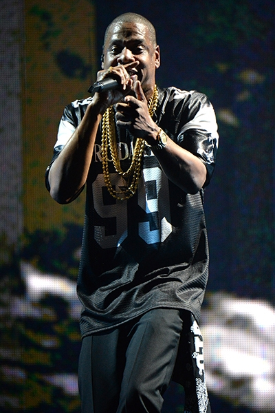 jay-z-beyonce-on-the-run-11-2014-tour-billboard-400